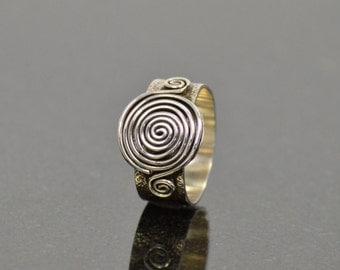 Sterling Swirl Ring