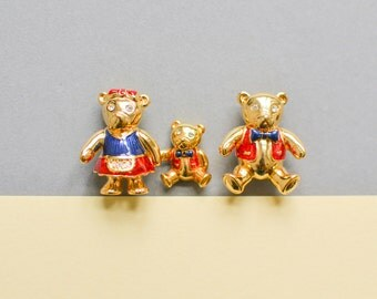 Vintage brooch teddy bear girl animal quirky fashion costume jewelry women 90s gift statement dead stock