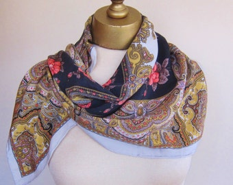 Silk scarf, vintage BILL BLASS, paisley scarf, floral silk square, carre, designer scarf, vintage scarves,paisley and floral mix, timeless