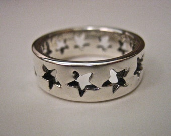 Vintage 925 Sterling Silver Cutout Star Band