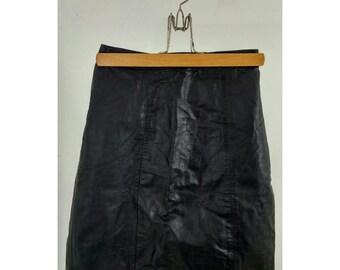 Vintage Black High-Waisted Leather Mini Skirt / Extra Small
