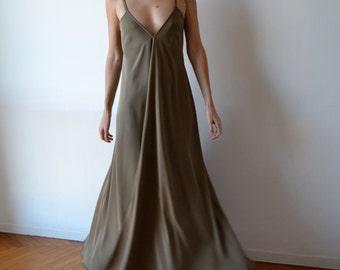 Backless dress / Long maxidress /  Low back dress / Backless prom dress / Party dress / cocktail dress / One size fits many.