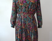 Vintage 1970s Paisley Printed Dress with Pleated Skirt - Boho Collar Dress Size 8