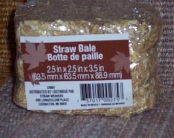Little straw bales,2.5 inch X 2.5 inch X 3.5 inch,fall crafts, rustic,country western,ranch,wedding,farm