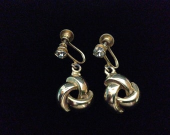 Vintage 1960's Rhinestone with a Celtic Knot; Screwback Earrings (ABX1F)