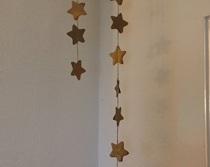 "Handmade star ""garland"" decor"