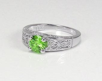Natural Peridot Ring Sterling Silver / Peridot Ring Silver / Gemstone Ring