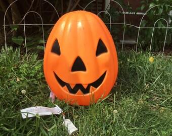 VTG Halloween Blow Mold Jack-0-Lantern, Happy Pumpkin Face.  Orange and Black. Vintage. Empire.  1968. Fabulous Vintage Condition. New Cord