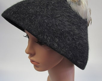 Vintage Gus Meyer Grey Wool and Feather Hat, grey wool hat, glamorous vintage hat, grey hat with feathers, 1950's gus meyer grey hat