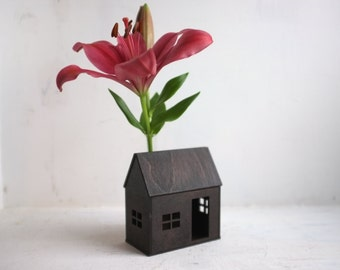 Little bud vase house - small wooden cabin in espresso with flower vase chimney - dark mini architecture