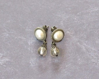 Pearl Post Earrings *bridal,wedding,special occasion,mother of the bride,dangle,lightweight,elegant,fashion,fancy,classic,gifts for her,