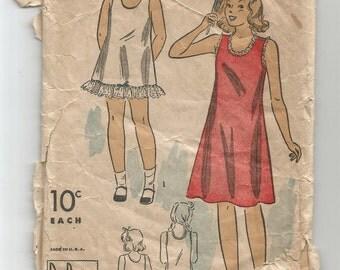 2534 Du Barry Sewing Pattern Girls Slip Size 6 Vintage 1940s