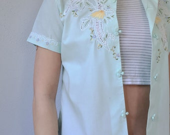 Short Sleeved Chinese Blouse with Hand Embroidery and Mandarin Collar / Mint Green Asian Inspired Button Down Shirt XS