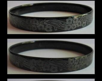 MICHAELA FREY vintage black enamel & silver flowers bangle bracelet