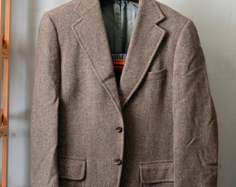 Vintage Dated 1971 MacHUGH Ivy League Sack Jacket Sport Coat Tan Flannel Twill 3/2 Roll Hook Vent 2 Button Cuff Brooks Brothers Size 40