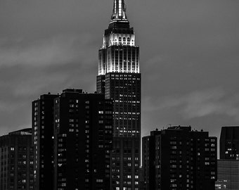 Empire State Building Sunset - New York City - Black and White
