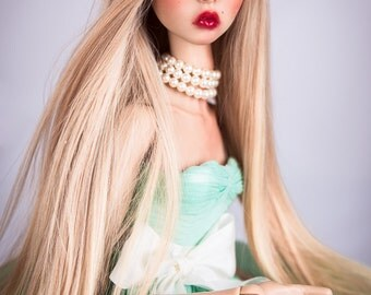 Babelicious (wig for Fashion dolls)