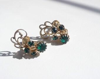 Vintage Gold Tone Filigree Earrings With Green Rhinestones | screw back