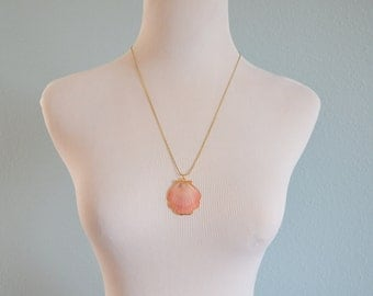 Vintage gold diped seashell necklace scallop sea shell pendant pink nautical beach summer jewelry