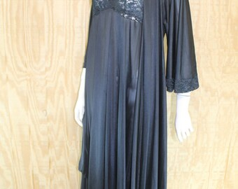 Vintage 1980's Lingerie OLGA 92017 94017 2 Piece Set Embroidered Lace Sweep Black Night Gown Negligee Robe Small