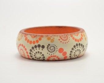Wooden decoupage bracelet, wooden bracelet, decoupage bracelet, bangle, wooden bangle, decoupage bangle, artificially aged, helix, spiral
