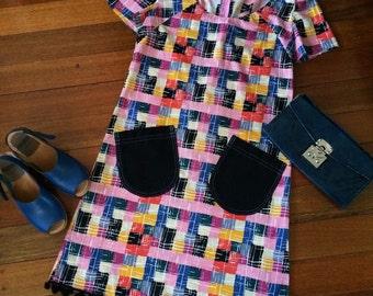 Retro Style Short Sleeve A-Line Shift Dress w/ Patch Pockets & PomPom Trim: Multicolor Checks/Black; size Small, cotton