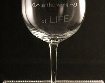 Best friend wine glass, best friend gift, personalised glass, etched glass
