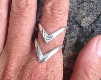 Sterling Silver Double Shakti Shiva Adjustable V Ring - Modern Boho Gypsy Geometric Triangular Minimalism Goodness - R314