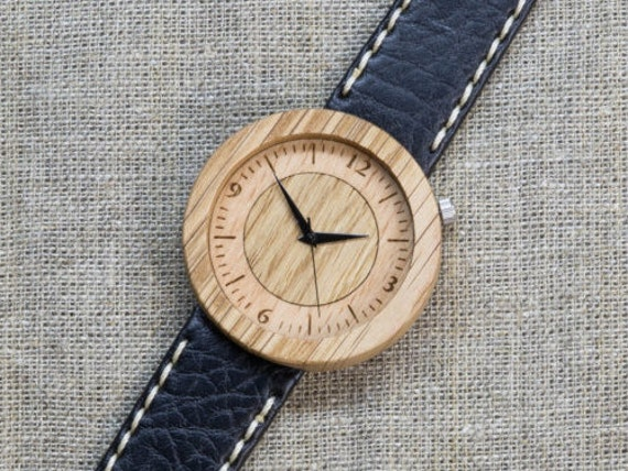Far Eastern Oak DESIGNER wood watch, Best Watch,  Black and White  Genuine Leather strap + Any Engraving / Gift Box. Anniversary  gift
