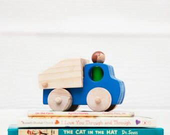 Wooden Toy Dump Truck // Peg Doll Dump Truck // Toy Dump Truck // Toy Construction Truck // Wooden Vehicle // Wooden Toys