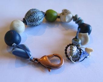 published chunky statement blue and white unique bracelet, bird bracelet, casual bracelet, published in Summer 2016 Stringing Magazine