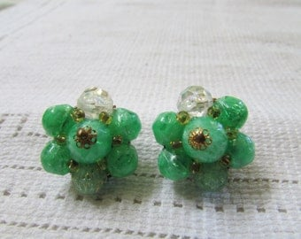 FUN vintage green plastic beaded cluster clip on earrings 50's classics West Germany