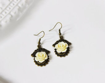 Cream Rose Earrings