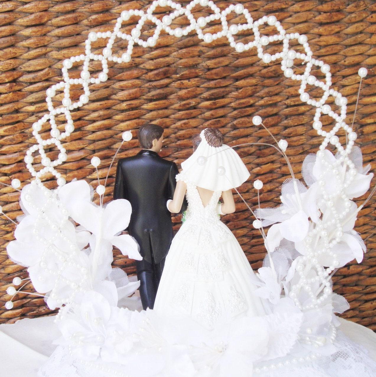 Wedding Cake Topper Bride and Groom Wilton Cake Topper