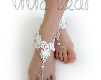 Lace Chain Barefoot Sandals. White Foot Jewelry. WhitePearl Beads. Silver Chain Slave Anklets. Beach Wedding. Bridal Accessory. Set of 2