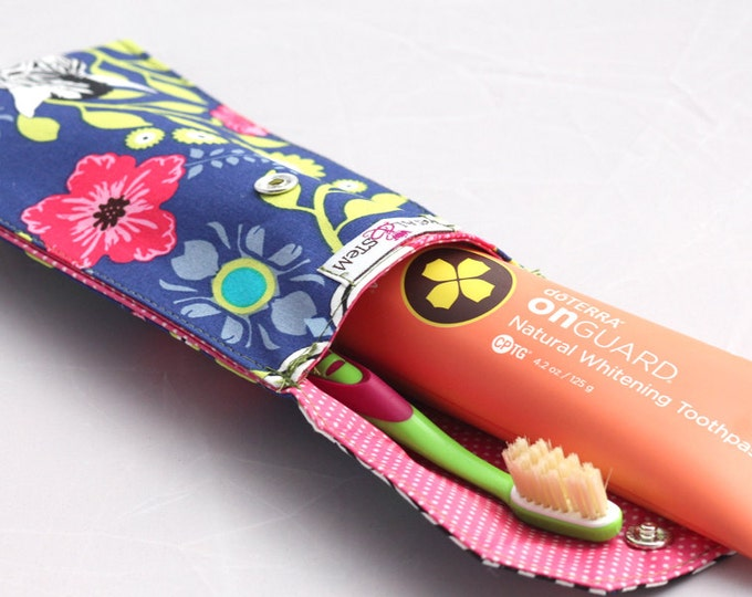 Zebra Flowers Toothbrush pouch, Pencil Case, Make up - doTERRA On Guard Sample included! - doTERRA, Young Living, Eden's Garden
