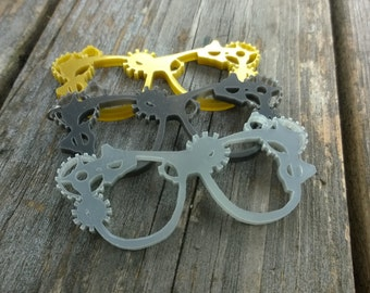 Laser Cut Acrylic Steam Punk Glasses Necklace
