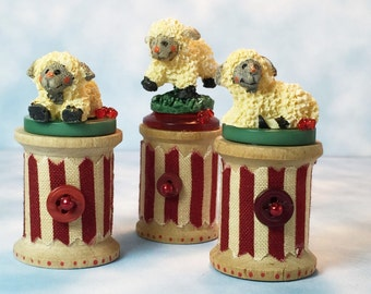 Mini, 3 Lambs, Sheep, on Handpainted Vintage Spools