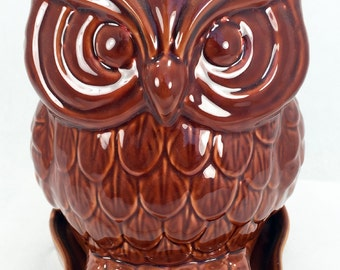 "Glazed Ceramic Owl Pot/Saucer - Antique Brown - 8 3/4"" x 7"" x 8 1/4"" + Felt Feet"