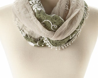 Green & White Infinity Scarf with Lace, Children Scarf, Eternity Scarf, Spring Summer, Infinity Scarf