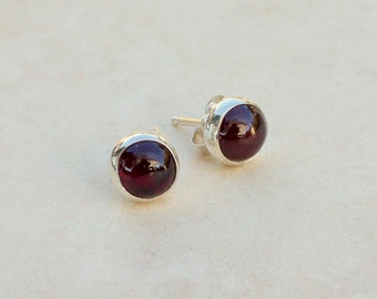 6mm Garnet Silver Stud Earrings, Argentium Stud Earrings with Garnet, Gemstone Studs, Bridesmaid gifts, January Birthstone earrings