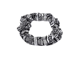Black and White Knit Fabric scarf  -Woman accessories Urban modern look Black and White Scarf Black and White Pattern Boho