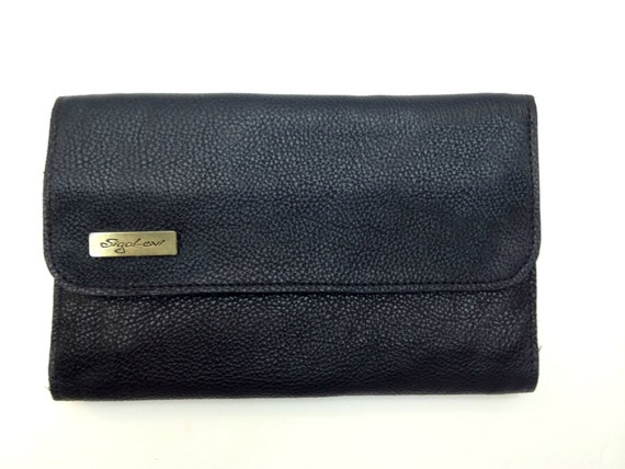 Free shipping on clutches, pouches and evening bags for women at vip7fps.tk Shop for Tory Burch, Kate Spade, Chloe and more. Totally free shipping and returns.