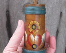 Small Vintage Wooden Cup / Keg; Vintage Floral Pen / Pencil Container; Antique Home Decor; Small Hand Painted Wood Container with Flowers