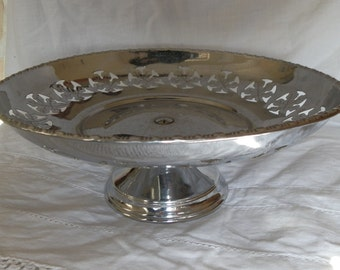 Vintage 1960's Chrome Plated Metal Cake Stand Leaf Pattern