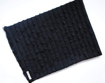 Ruffle Blanket - Black Ruffle Blanket - Black Swaddle Blanket - Monochrome Baby Blanket - Swaddling Blanket - Blanket for Newborn Photos
