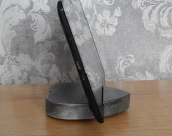 iPad Stand, Tablet Stand, iPhone Stand, Handmade, Dark Metallic Heart, Tablet Holder, Tech Gift. Valentine Gift, Birthday Gift, Anniversary,