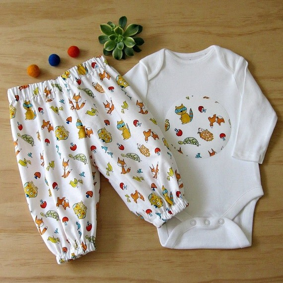 Baby uni clothes Gender neutral baby Woodlands clothes