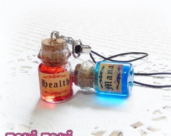 Mana & Health Potions, Potion Charm, Bottle Charm, Mana Potion, Video Game Charm, Retro Gamer Keychain, Gamer Gift, Potion Bottle, Geek Gift