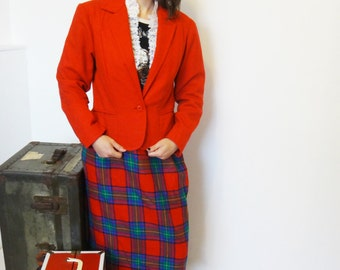 Vintage Red Blazer with single button front closure, double front pockets, Petite Blazer, Cherry Red Blazer
